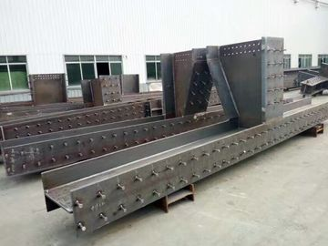 Chiny Pre - Fabricated Warehouse Steel Frame With Steel Floor Decks Power Produce House dostawca